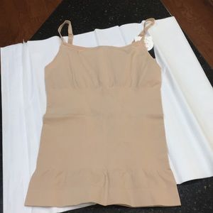 Assets by Spanx cami